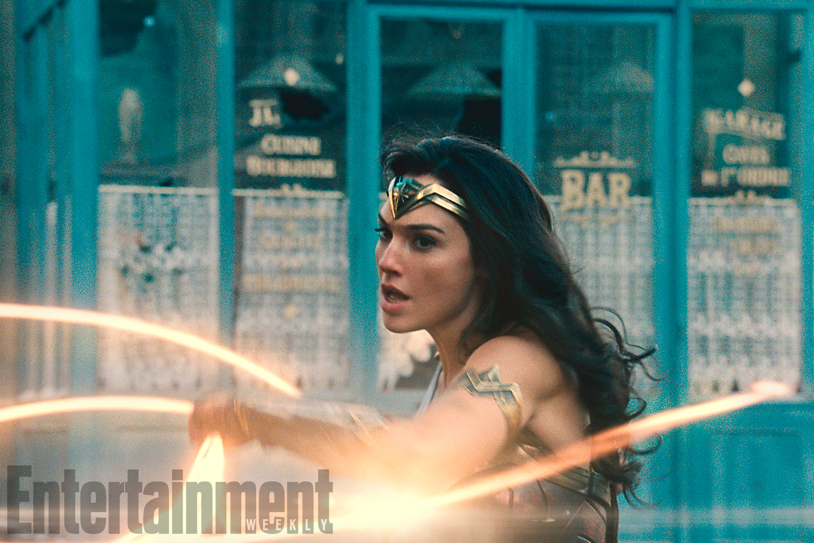 Wonder Woman Graces The Cover Of Entertainment Weekly